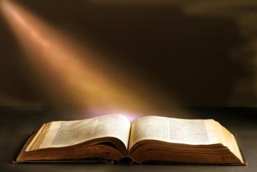 Bible-Light1
